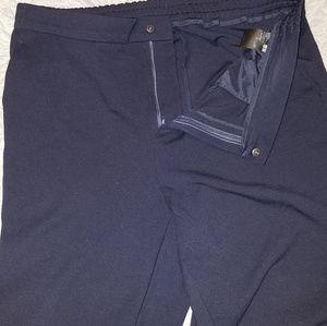 Snap front trousers with pockets never worn
